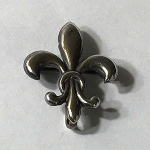 Jewelry - Vintage Fleur de. Lis Sterling Brooch/Pendant